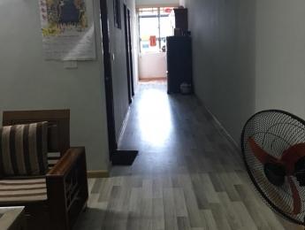 Bán căn hộ 63m2 HH4 Linh Đàm đầy đủ nội thất, căn góc phụ giá 1.1 tỷ bao sang tên
