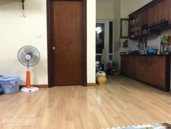 Bán căn hộ 101m2 tòa D vinaconex 2 Kim Văn Kim Lũ full nội thất 1.75 tỷ LH 0948652288